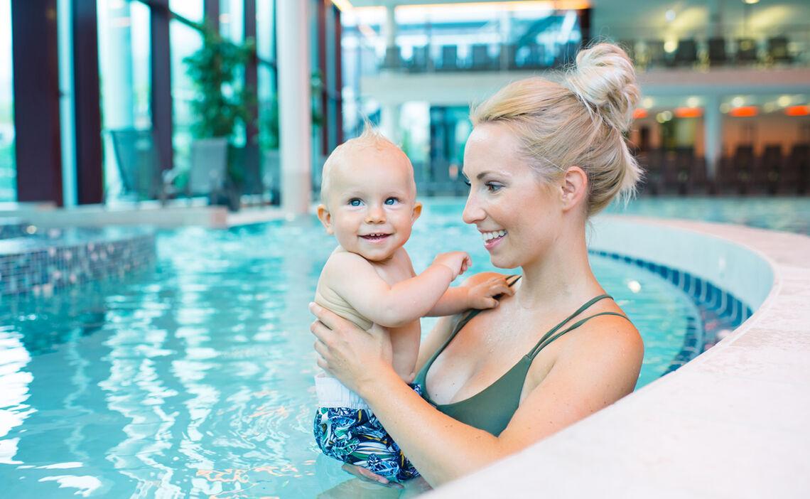 Babyschwimmen Im Familienbad